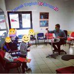 una lezione con Mark della i speak englis school elmas